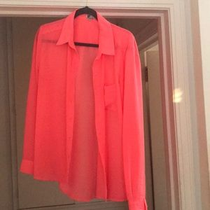 Neon Pink Kut from the Kloth Button Down